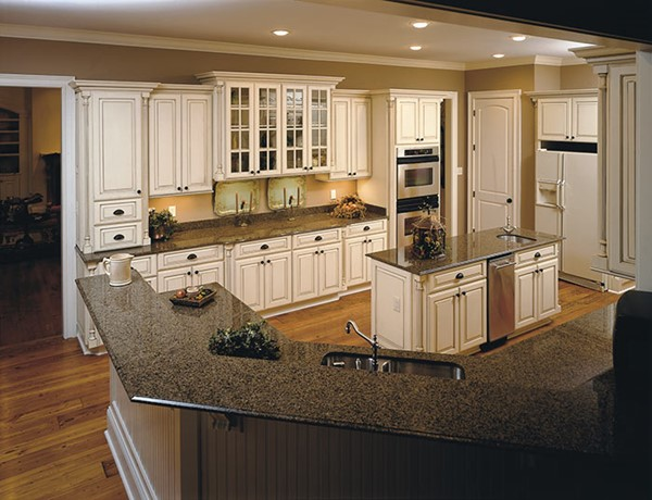 Shiloh cabinets b t kitchens baths for Kitchen and bath cabinets